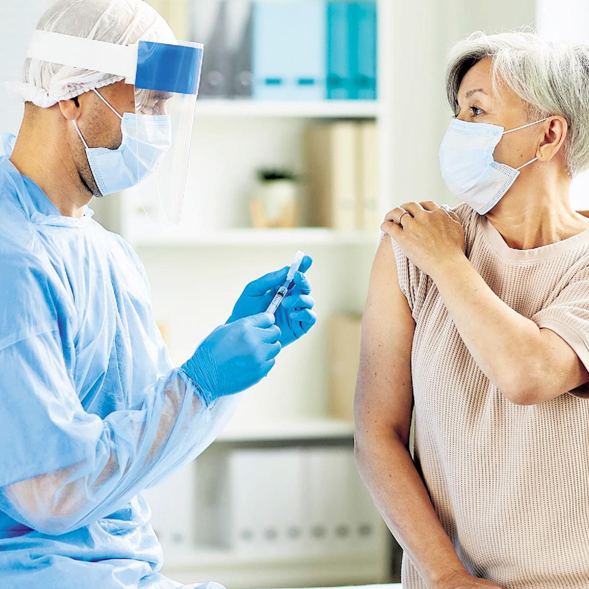 È ora possibile prenotare la vaccinazione anti COVID-19